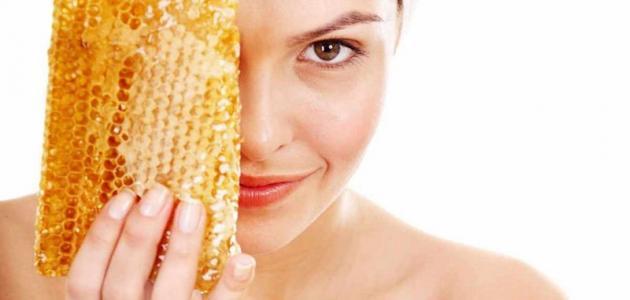صور كيفية وضع العسل في العين , فوائد العسل لجسم الانسان