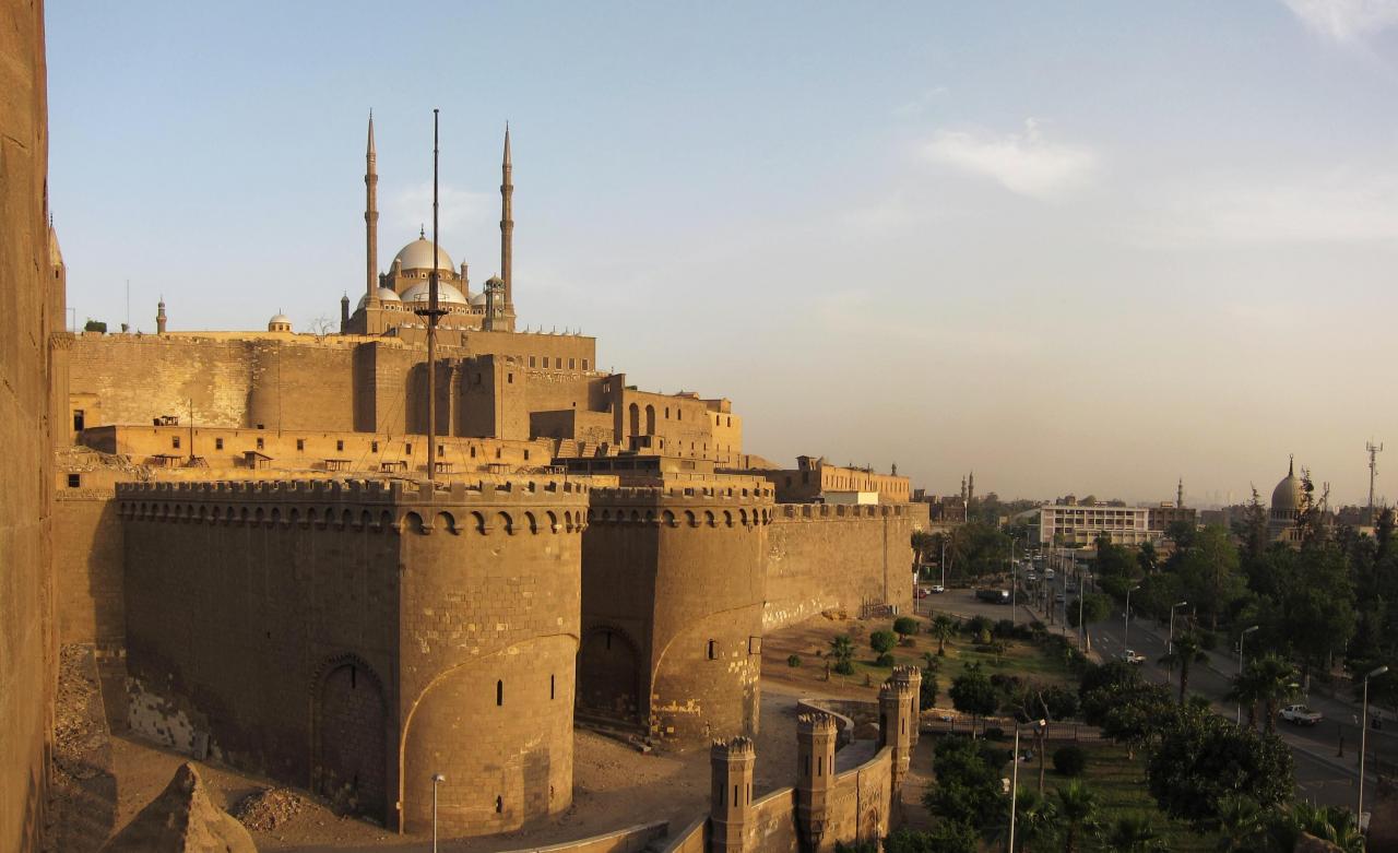 صورة صور قلعة صلاح الدين , هي قاهرة المعز