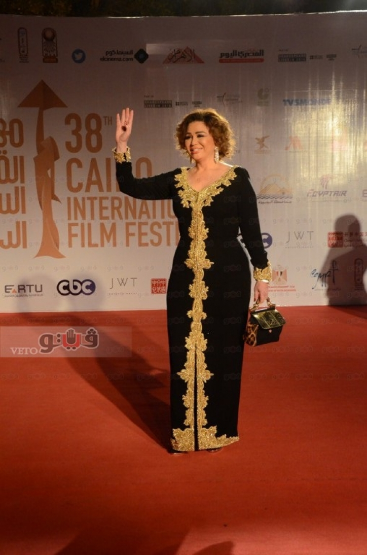 صورة فستان الهام شاهين , اناقة ليس لها مثيل