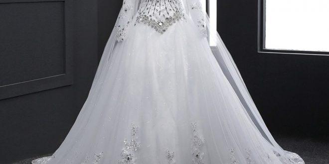 صورة فساتين اعراس ابيض , فستان الزفاف و الطرحة