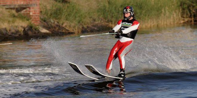 صورة اسم رياضة التزحلق على الماء , الركمجة هواية العظماء