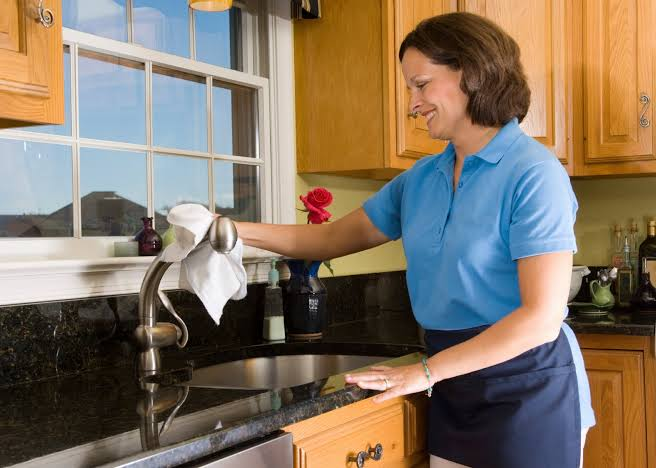 تنظيف المطبخ الالوميتال from ageb.net