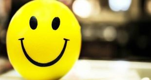 صورة واتس اب يحمل حالات , كلمات تعبر عن الفرح والسعادة