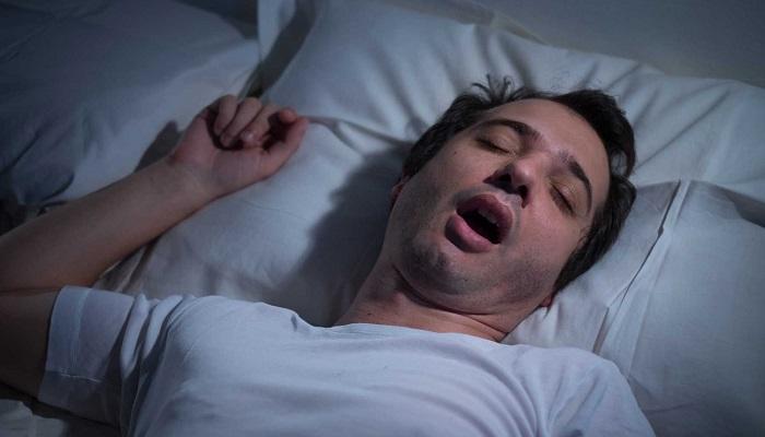 صورة اسباب التحدث اثناء النوم , طرق التخلص من الكلام اثناء النوم