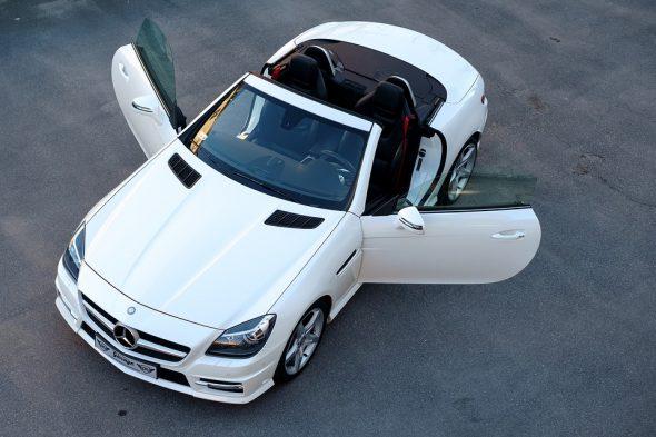 صورة تفسير السيارة البيضاء في المنام , بشرة لمن يحلم بسيارة بيضا فخمة