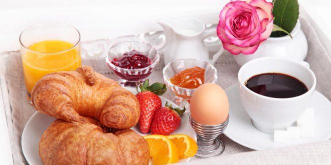 صورة اجمل فطور الصباح , لقمة لذيذة بطعم الحب