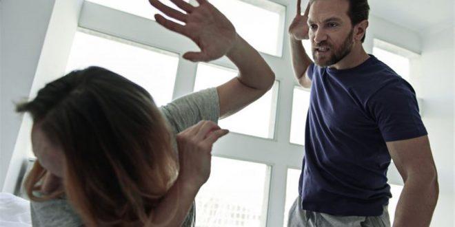 صورة زوجي عنيف في الفراش , اصيبت بالرعب منه