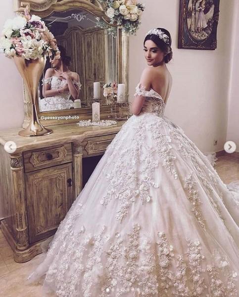 صورة فستان ليلة العمر لازم ميبقاش عادي , صور فساتين زفافا