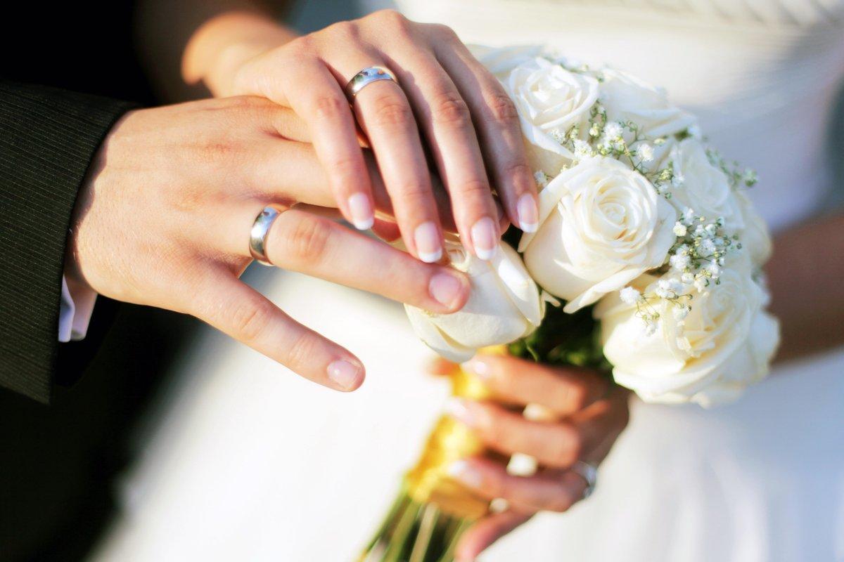 صورة تفسير الاحلام الزواج للبنت من شخص تعرفه 105